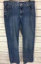 Lee Riders Women's Classic Fit Straight Medium Wash Petite Jeans Size 14P - L10