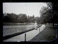 Francia Donna Modalità Lac c1900 Foto Negativo Placca Da Lente Vintage VR18L4n18