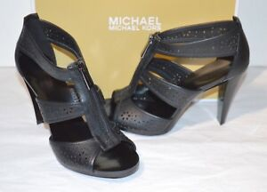 New $140 Michael Kors Berkley T-Strap Black Lasered Flowers Leather Sandal