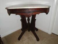 Victorian Eastlake White Marble Top Walnut Parlor Hall Side Occasional Table