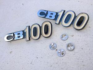 Pair Honda CB 100 CB100 K0 K1 Side Frame Cover Emblem Badge Set with mount clips