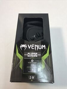 Venum Classic Sparring MMA Gloves - Black/Black