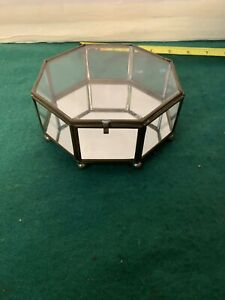VINTAGE GLASS AND BRASS TRINKET BOX. Octagon SHAPED. SMALL.  RING BOX Display