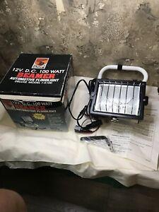 Beamer 12 Volt DC 100 Watt Halogen Floodlight Model I-5100 Automotive MVP Light