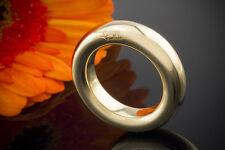 Schmuck Pomellato Ring Schlichter Bandring Stilvoll in 750er Gold mit Schriftzug