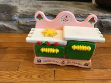 Vintage 1983 Kenner Strawberry Shortcake Sweet Scents Kitchen Only