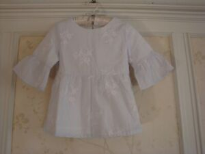 NWT Janie And Jack Girls  FLORAL EMBROIDERED BELL SLEEVE TOP  7  Pale Blue