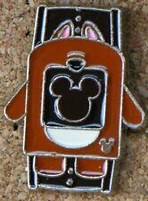 P2 Disney Pin Hidden Mickey Series Bear Watch Band Fast Pass