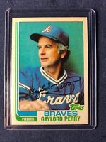 1982 Topps GAYLORD PERRY Baseball Card #115 HOF Atlanta Braves MINT in toploader