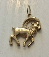 Lovely Vintage Fully Hallmarked Solid 9 Carat Gold Horned Ram Pendant Nice 9CT