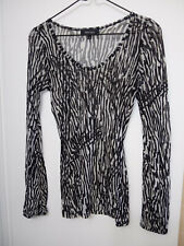 Karen Kane Women's Size S Black&White Color Shirt Top Long Sleeve Scoop Neck