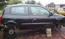 Renault Clio 2 16V Motor 2002 O/S Derecho ruptura Para Repuestos N/S Izquierda Negro 676