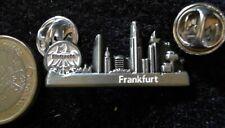 SGE EINTRACHT FRANKFURT Pin Badge Frankfurt am Main Skyline 3D Logo Fussball