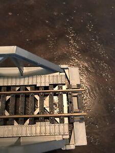 """Tyco HO Scale Warren Truss Bridge Gray, 8.25"""" long"""