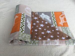 Quilted baby blanket/play mat beige/white/orange animals/stars print