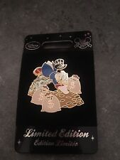 Disney Store - EU Exclusive Pin Scrooge McDuck and Money - Limited Edition 400