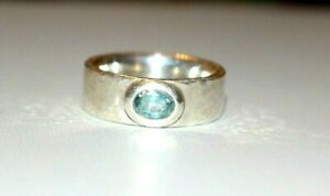 HEAVY BESPOKE HAND MADE STERLING SILVER BLUE TOPAZ RING. SIZE Q 1/2.