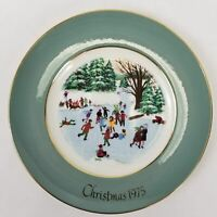 """Vintage Avon (1975) Christmas Collectors Plate """"Skaters on the Pond"""" - Gold Trim"""