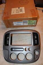 NOS 2003 04 FORD ESCAPE XLT RADIO BEZEL TRIM PLATE