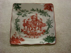 """BRAND NEW  WITH TAG CHRISTMAS  RED AND GREEN """"TOILE"""" SQUARE PLATE 11.5"""""""