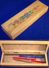 ANTIK Alter Holzkasten Griffelkasten Federkasten aus Holz mit Inhalt Schule