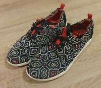 Toms Ladies Canvas Shoe Size 5