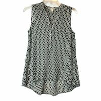 H&M Womens Black & White Sleeveless V-Neck Printed Blouse Size 4 Hi-Lo Hem Sheer