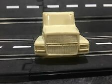 1/32 RESIN Ford L9000 Semi Truck Cab