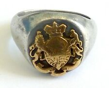 A WW2 TRENCH ART ALUMINIUM RING WITH MILITARY INSIGNIA