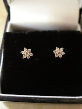 PAIR OF 9 CARAT GOLD BRILLIANT CUT DIAMOND CLUSTER EARRINGS MADE IN ENGLAND BNIB