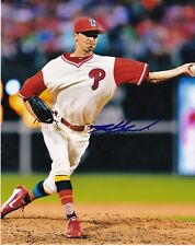 HOBY MILNER   PHILADELPHIA PHILLIES   ACTION SIGNED 8x10
