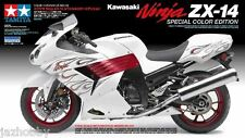 Tamiya 14112 1/12 Model Kit Kawasaki Ninja ZX-14 ZZR1400 Special Colour Edition