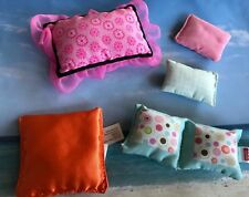 BARBIE BRATZ LOVING FAMILY DOLL HOUSE  HOME DECOR LOT COLORFUL DECORATOR PILLOWS