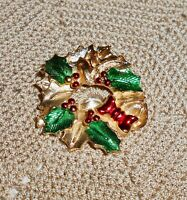 Vintage GERRY'S Signed Enamel Christmas Wreath Brooch Pin Gold-tone C191