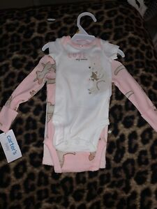 Carters Baby Girl 3 Piece Set, Bodysuits And Pants, Newborn, New with tags