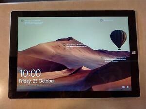 Microsoft Surface Pro 3  i5  8GB  256 GB ( Gently Used )
