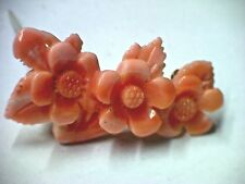 Brosche Koralle Blumen geschnitzt mit Broschierung in Gold 333