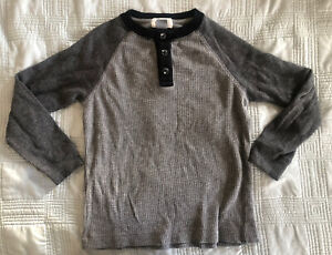 Old Navy Boys Long Sleeve Henley T-shirt Gray (Size XS (5))