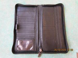 Tumi Long Wallet Organizer, Zipper. Passport , CC . Free Shipping