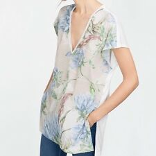 NWT ZARA FLORAL /TOP / T SHIRT WITH OPENINGS SIZE M BLUE / SHORT SLEEVE /V NECK