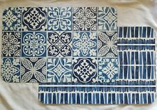 MEDALLION PLASTIC Rebersable PLACEMATS SET of 6 KITCHEN TABLE DECOR BLUE White