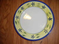 totally today yellow w blue dinner plate lovely floral