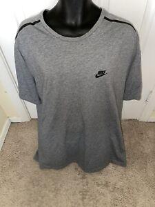 Nike Men's sportswear size XL Grey Loose Fit T Shirt Pre Own