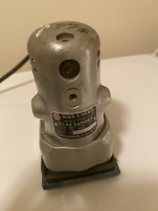 BLACK+DECKER  No 44 Sander -steel Silver