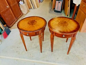 BEAUTIFUL PAIR OF BUTLER SPECIALTY COMPANY PLANTATION CHERRY INLAID SIDE TABLES
