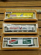 TYCO HO Scale Train Cars (3) old Dutch cleanser, Kellogg's, Canadian dry.