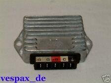 Vespa Régulateur de Tension - 5 connecteur 12V PX Cosa 125 200 P200E PK 50 NEUF