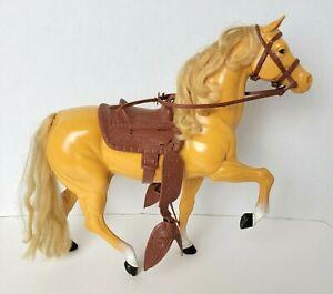 "Vintage 1980 Mattel Barbie DALLAS Western Palomino Horse w/ Saddle  11"" T"