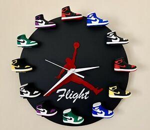3D Sneaker Clock - 12 Mini Sneakers✓ Shoe Clock✓