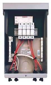 MidNite Solar MNPV4-MC4 Pre-Wired Combiner 4 Position with four 15A Fuse Holders